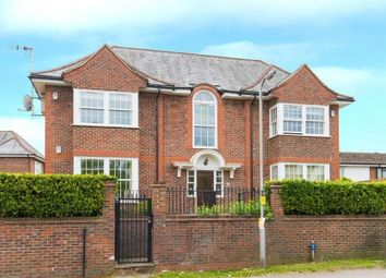 Thumbnail 1 bed flat to rent in Layters Green Lane, Chalfont St. Peter, Gerrards Cross