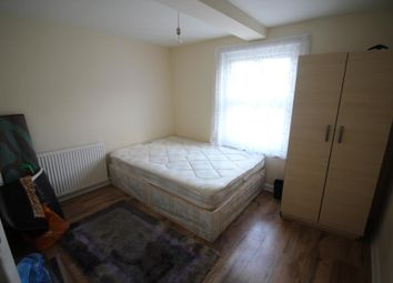 Thumbnail 3 bedroom flat to rent in High Road, London