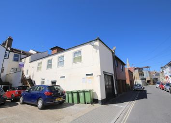 Thumbnail 2 bed flat to rent in Wilton Place, Southsea
