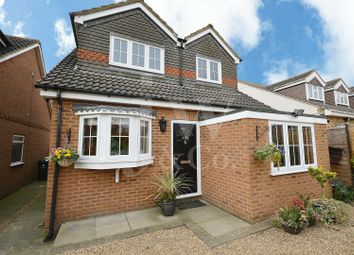 Thumbnail 4 bed detached house for sale in Oakwood Road, Bricket Wood, St. Albans