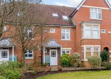 Thumbnail 3 bed town house to rent in Complins Close, Oxford