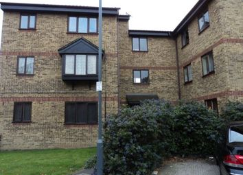 Thumbnail Studio to rent in Blacksmith Close, Chadwell Heath