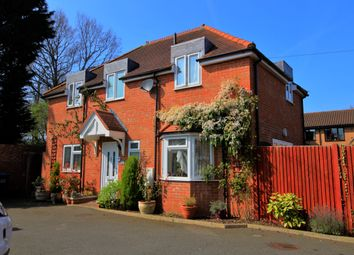 Thumbnail 3 bed detached house for sale in Coombe Close, Hatfield