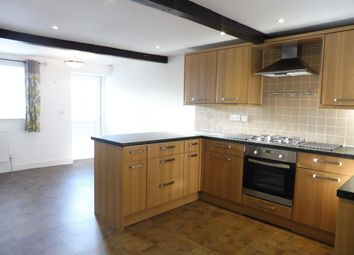 4 bed property to rent in Old Guy Road, Queensbury, Bradford BD13