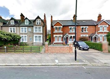 Thumbnail 5 bedroom flat to rent in Mount Park Road, Ealing Broadway