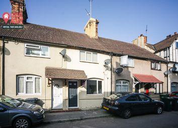 Taunton Road, Northfleet, Gravesend DA11. 2 bed terraced house