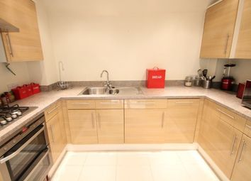 Thumbnail 2 bed flat to rent in East Lodge, Beckenham Grove, Bromley