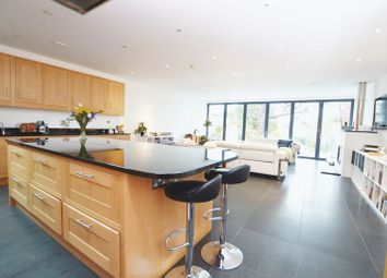 Thumbnail 3 bed detached house to rent in Knoll Road, Godalming