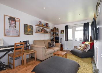2 bed flat for sale in Sunnymead, North Oxford OX2