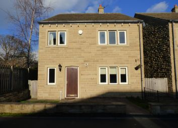 Thumbnail 4 bed detached house to rent in Pear Tree Close, Lightcliffe, Halifax