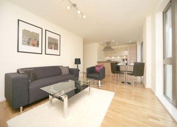 Thumbnail 2 bed flat to rent in Cable Street, London