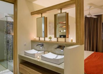 Thumbnail 3 bedroom villa for sale in House - Villa, Grand Baie, Riviere Du Rempart District, Mauritius