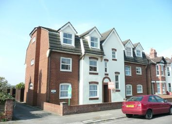 Thumbnail 2 bedroom flat to rent in Charlton Road, Shirley, Southampton