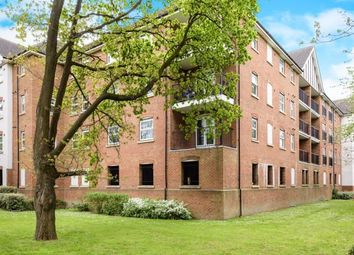 Thumbnail 2 bed flat for sale in Woodfield Lodge, Woodfield Road, Crawley, West Sussex