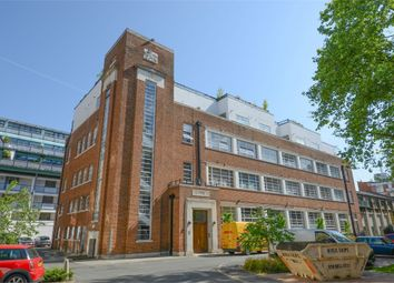 Thumbnail 2 bed flat to rent in Bluelion Place, 237 Long Lane, London