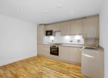 Croham Valley Road, Selsdon, South Croydon CR2. 2 bed flat