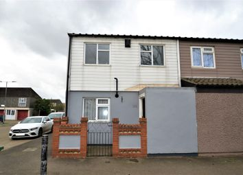 4 bed end terrace house for sale in Celandine Close, South Ockendon RM15