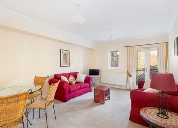 3 bed flat to rent in Temple Road, Windsor SL4
