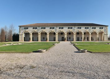 Thumbnail 6 bed villa for sale in Padua City, Padua, Veneto, Italy