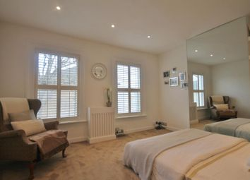 1 bed maisonette to rent in Acton Lane, London W4