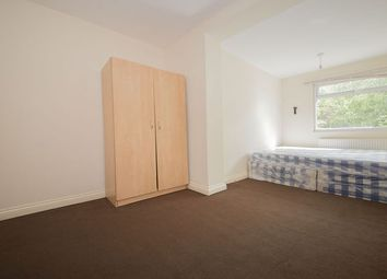 Thumbnail Room to rent in Arnold Avenue East, Enfield