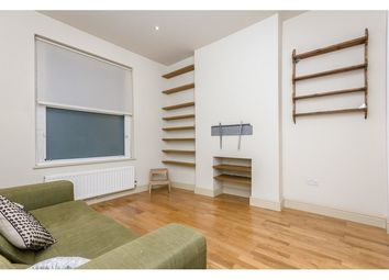 Thumbnail 3 bedroom flat to rent in Hornsey Road, Holloway, London
