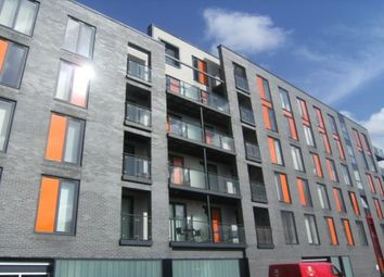 2 bed flat to rent in Dean Road, Salford M3