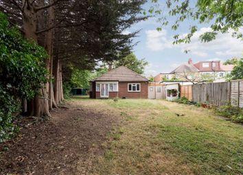 Ecclesbourne Close, London N13. 2 bed bungalow