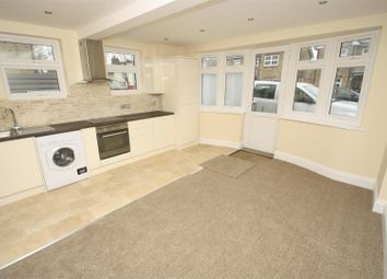 1 bed flat to rent in Milton Road, Westcliff-On-Sea SS0