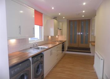 Thumbnail 2 bedroom flat to rent in Bayswater Road, Plymouth