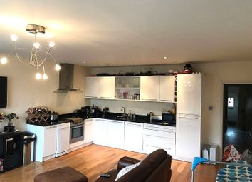 Thumbnail 2 bed flat to rent in The Broadway, Woodford