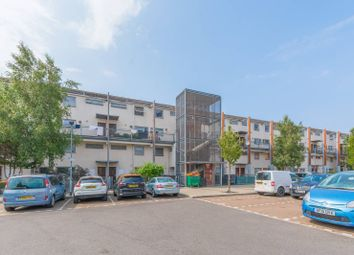 3 bed maisonette to rent in Fothergill Close, Plaistow, London E13