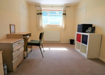 Thumbnail Room to rent in Roe Green Lane, Hatfield