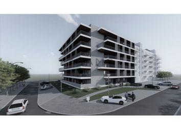Thumbnail Apartment for sale in Loulé (São Clemente), Loulé, Faro