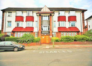 3 bed property to rent in Golders Court, Woodstock Road, Golders Green NW11
