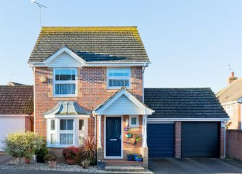 Thumbnail 3 bed detached house for sale in Dyall Close, Burgess Hill