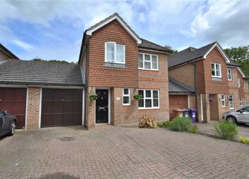 Thumbnail 3 bed link-detached house for sale in Serpentine Close, Stevenage, Herts