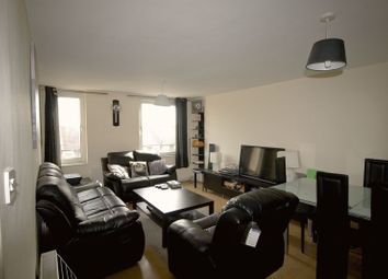 Thumbnail Room to rent in Carnarvon Road, London