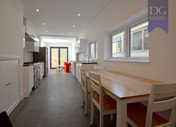 Thumbnail 6 bed terraced house to rent in Parkhurst Road, London
