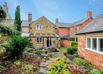 Thumbnail 2 bed cottage to rent in Church End, Swerford, Chipping Norton