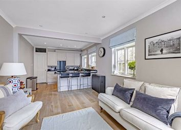 2 bed flat for sale in Stephendale Road, Fulham, London SW6