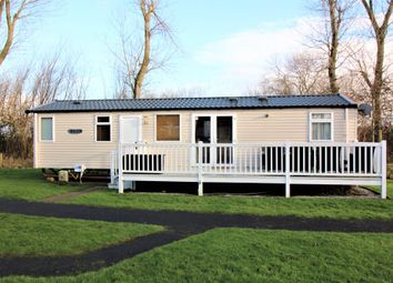 Thumbnail 3 bed mobile/park home for sale in Marton Mere Holiday Village, Mythop Road, Blackpool, Lancashire
