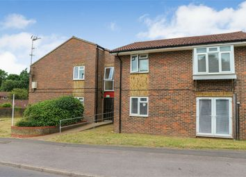 Thumbnail 2 bed flat for sale in 16 Allum Grove, Tadworth, Surrey