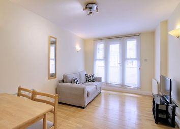 Thumbnail 2 bed flat to rent in Farringdon Road, London