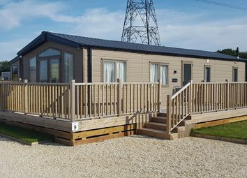 Thumbnail 2 bed mobile/park home for sale in Willitoft, Goole