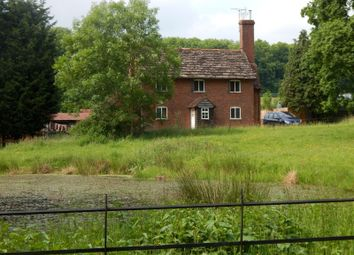 Thumbnail 3 bed detached house to rent in North Breache Road, Ewhurst, Cranleigh
