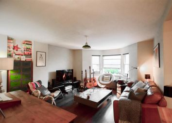 Thumbnail 2 bedroom flat to rent in Lordship Park, London