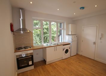 Thumbnail 1 bed flat to rent in Brondesbury Park Rd, London
