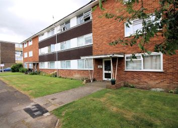 Thumbnail 2 bedroom flat to rent in Bishops Walk, Aylesbury