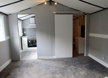 Thumbnail Studio to rent in Devonshire Gardens, London